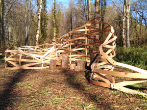 10_makelab-hooke-park___group-woven-formations_final-installation-in-the-forest_credits-jeroen-van-ameijde